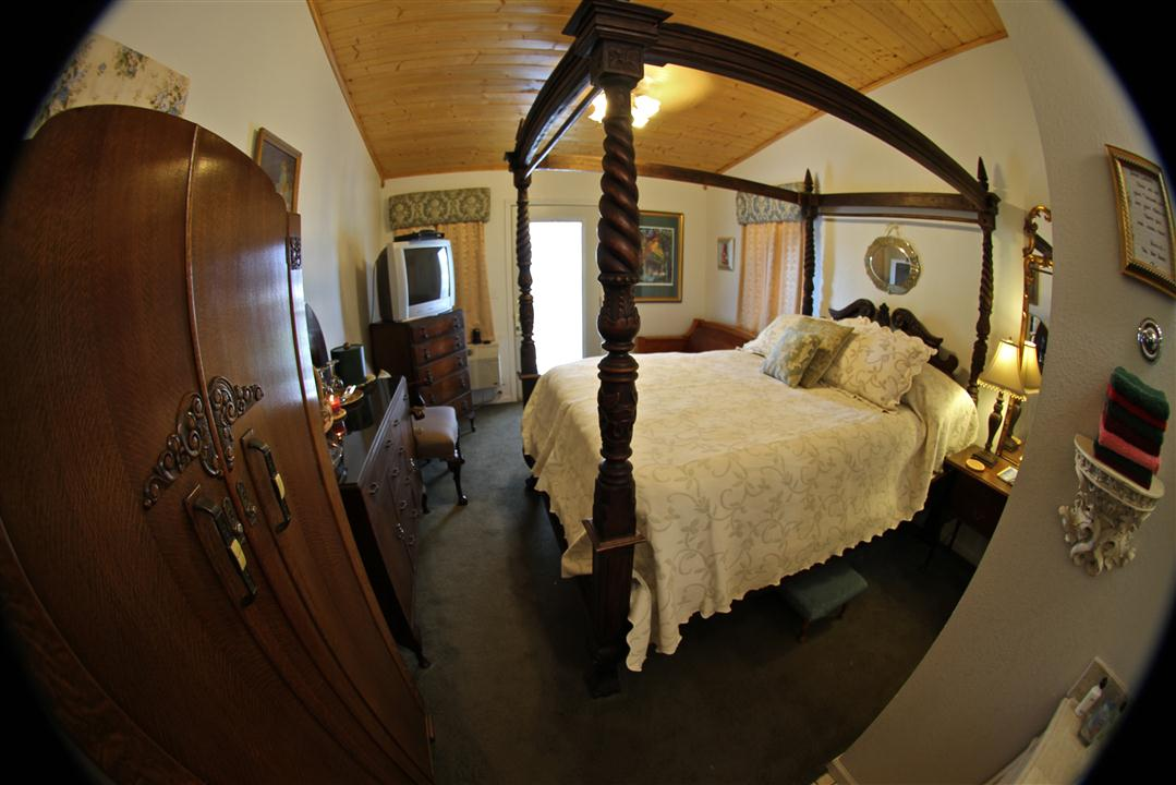 Lady Claires Chamber room